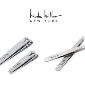 NICOLE MILLER TWEEZER AND NAIL CLIPPER BEAUTY SET